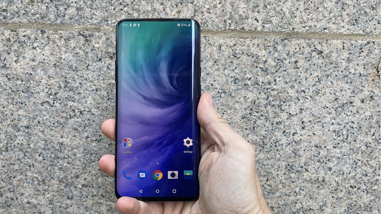 OnePlus 7T Pro With Awesome Display Refresh Rate for PUBG